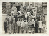 Class photo, Benton City, Washington, kindergarten or first grade, 1942-1943