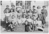 Reecer Creek Grade School, Kittitas County, Washington, 1949