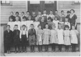 Hazelwood School, Miss Donald and her students, Cle Elum, Washington, 1923
