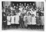 Ridgeway School District # 35, class photo, Kittitas County, Washington, 1910