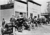 Parade of early automobiles