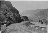 Yakima River canyon road