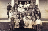 Glen Echo School students, Whatcom County, Washington, 1908