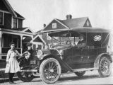Fred's Children, house and car, Bellingham, WA