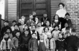 Prosser Washington school class and teacher, Prosser, Washington, circa 1907