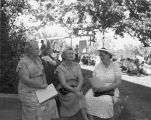 Sunnyside ladies chatting, taken Field Day, Prosser, Washington, August 31, 1949
