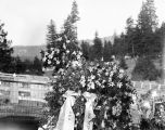 Dap's grave, Roslyn, Washington, March 28, 1930