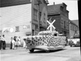 Labor Day Parade, Roslyn, WA, Klepac float, 1930