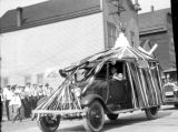 Labor Day Parade, Roslyn, Washington, Roslyn Bakery Float, 1930