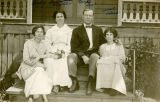 Aegerter family, Colfax, Washington, 1914