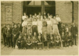 Garfield eighth grade students of 1907