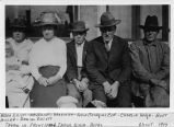 Elliotts and friends, Tekoa, Washington, 1917