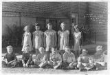 Third and fourth grade school students, Pine City, Washington, 1936-1937